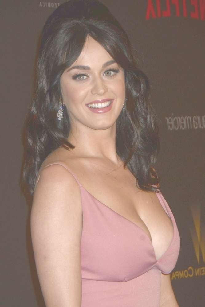 Katy Perry's Hairstyles Over The Years Inside Most Recent Katy Perry Medium Hairstyles (View 23 of 25)