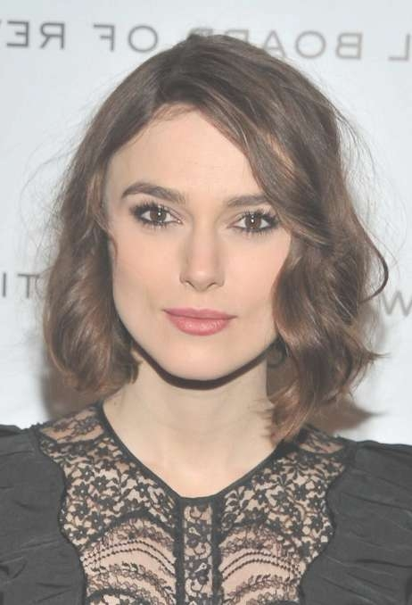 Keira Knightley Hairstyles: Adorable Bob With Mussed Spiral Curls Pertaining To 2018 Keira Knightley Medium Hairstyles (View 13 of 15)