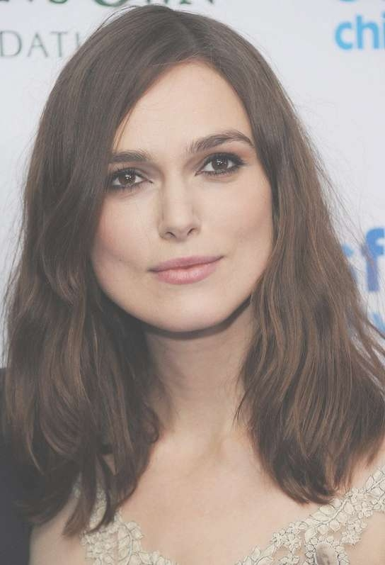 Keira Knightley Shoulder Length Hairstyle For Round Faces | Styles Within Most Recent Keira Knightley Medium Hairstyles (View 3 of 15)