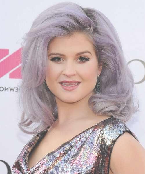 Kelly Osbourne Hairstyles In 2018 Inside Latest Kelly Osbourne Medium Haircuts (View 22 of 25)