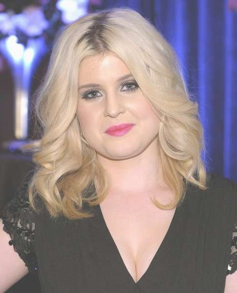 Kelly Osbourne Medium Hairstyles: Feathered Curly Hair – Popular With Best And Newest Kelly Osbourne Medium Haircuts (View 5 of 25)
