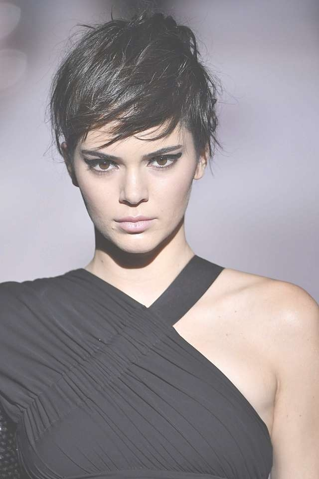 Kendall Jenner Channeled Kris Jenner With A Faux Pixie At The Tom Intended For Most Popular Medium Haircuts Kris Jenner (View 15 of 25)