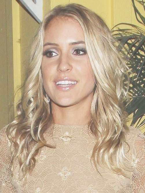 Kristin Cavallari Long Hairstyle: Velvety And Blonde Waves For Current Kristin Cavallari Medium Haircuts (View 16 of 25)