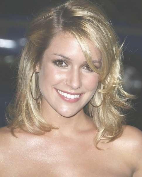 Kristin Cavallari Medium Length: Shoulder Length Hair – Pretty Designs For Most Recently Kristin Cavallari Medium Haircuts (View 7 of 25)