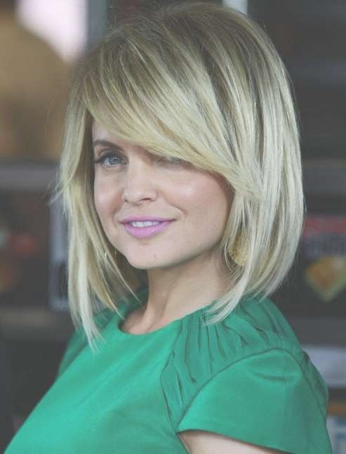 Layered Bob Hairstyle With Side Swept Bangs For Medium/thick Hair Pertaining To Most Recently Medium Haircuts With Side Swept Bangs (View 7 of 25)