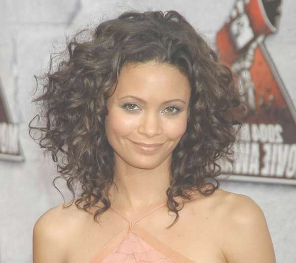 Layered Curly Haircuts Medium Length Hair 2017 For Most Popular Medium Hairstyles With Layers And Curls (View 13 of 25)