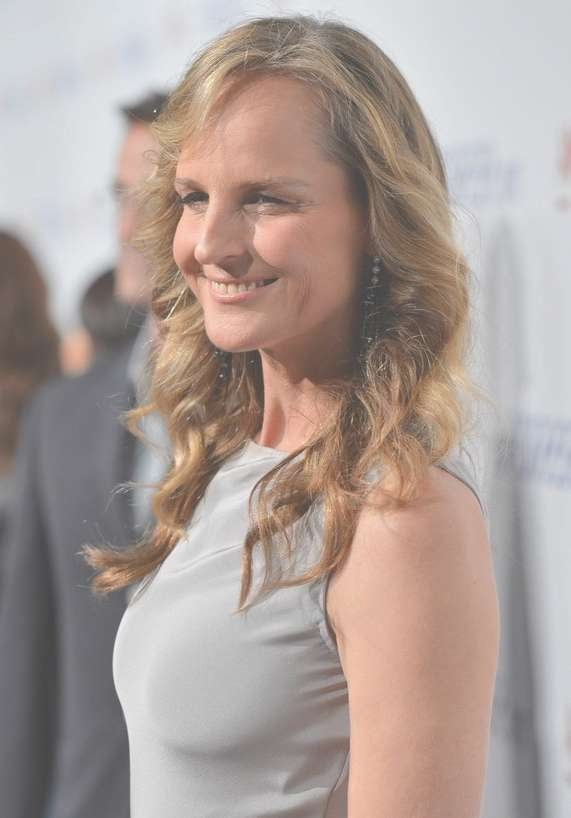 Layered Curly Hairstyle With Side Swept Fringes – Helen Hunt's Pertaining To Newest Medium Hairstyles With Layers And Curls (View 23 of 25)