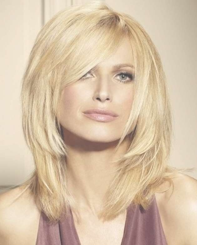 Lazy Trendy Medium Haircuts For Round Faces Regarding Newest Medium Hairstyles With Bangs And Layers For Round Faces (View 16 of 25)