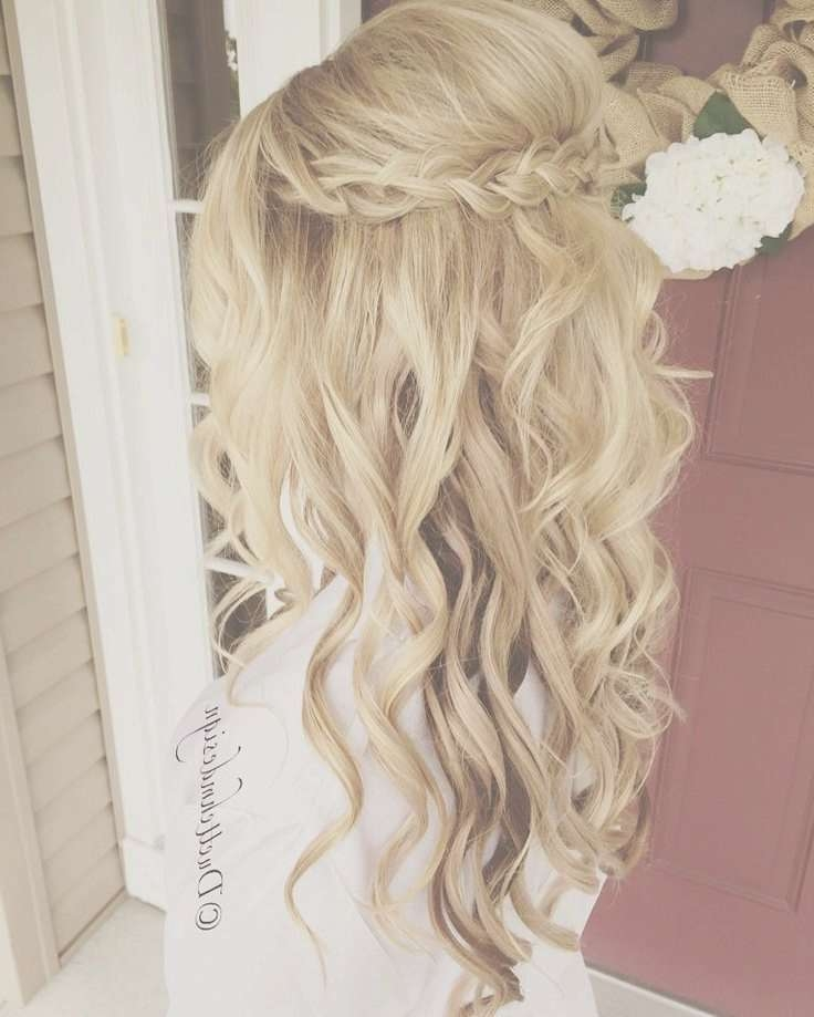 Lazy Wedding Hairstyles Down For Medium Length Hair For Most Up To Date Down Medium Hairstyles (View 18 of 25)