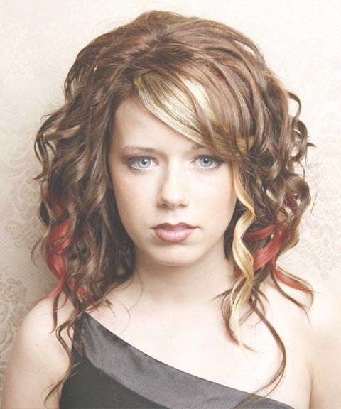 Long Hairstyles For Women In Their 20S – Hairstyle For Women In Newest Medium Haircuts For Women In 20S (View 4 of 25)