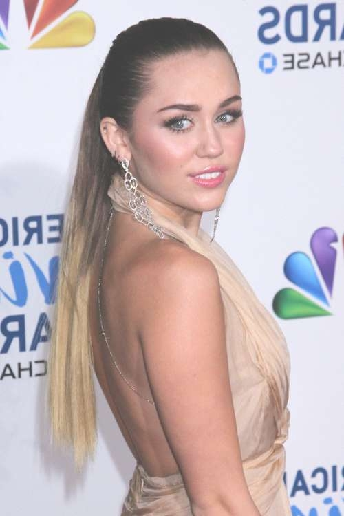 Long Hairstyles For Women In Their 20S – Hairstyle For Women Throughout Most Popular Medium Hairstyles For Women In Their 20S (View 24 of 25)