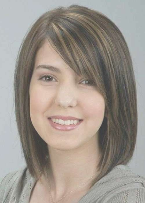Medium Bob Hairstyle With Brown Highlighted Color For Thick Hair Regarding Medium Bob Cut Hairstyles (View 21 of 25)