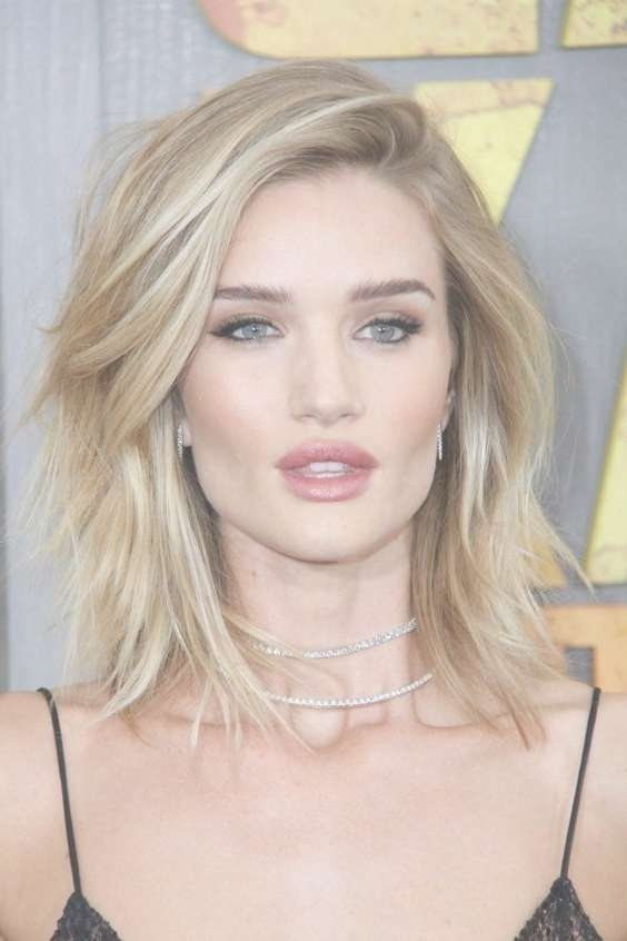 Medium Celebrity Haircuts Within 2018 Medium Haircuts For Celebrities (View 2 of 25)