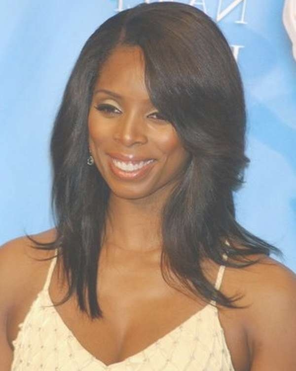Medium Haircut For Black Women Within Most Popular Black Woman Medium Haircuts (View 7 of 25)
