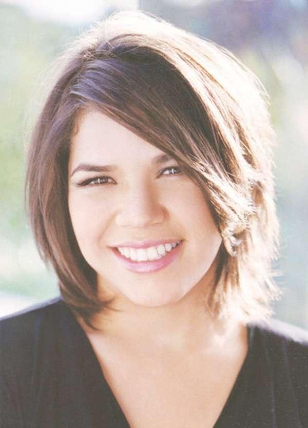 Medium Haircut For Round Face Women Regarding Most Recently Medium Haircuts For Women With Round Face (View 6 of 25)