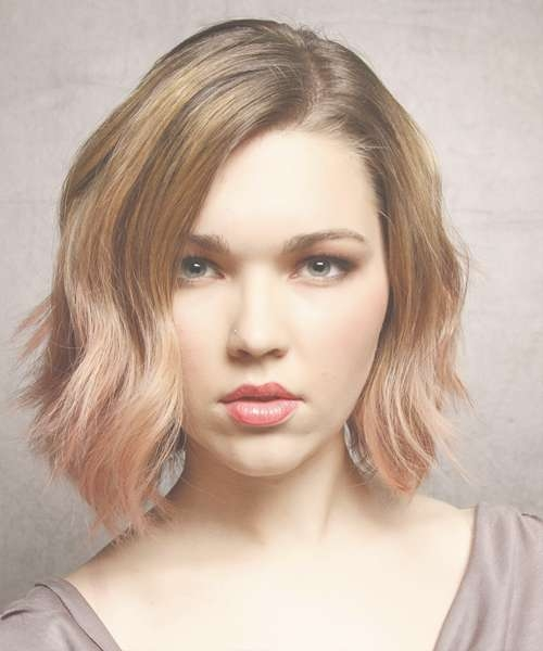 Medium Hairstyles And Haircuts For Women In 2018 Pertaining To Most Current Strawberry Blonde Medium Hairstyles (View 9 of 15)