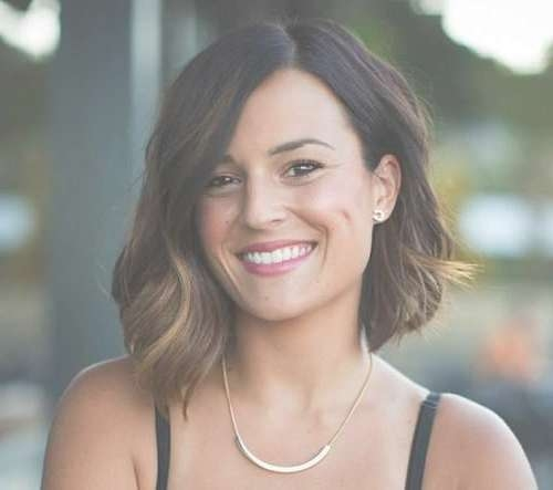Medium Hairstyles For Heart Shaped Faces – Hair World Magazine Pertaining To Best And Newest Asymmetric Medium Haircuts (View 21 of 25)