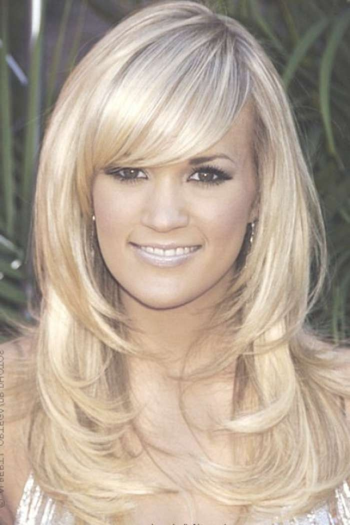 Medium Hairstyles For Oval Faces With Regard To Current Medium Hairstyles With Bangs For Oval Faces (View 20 of 25)