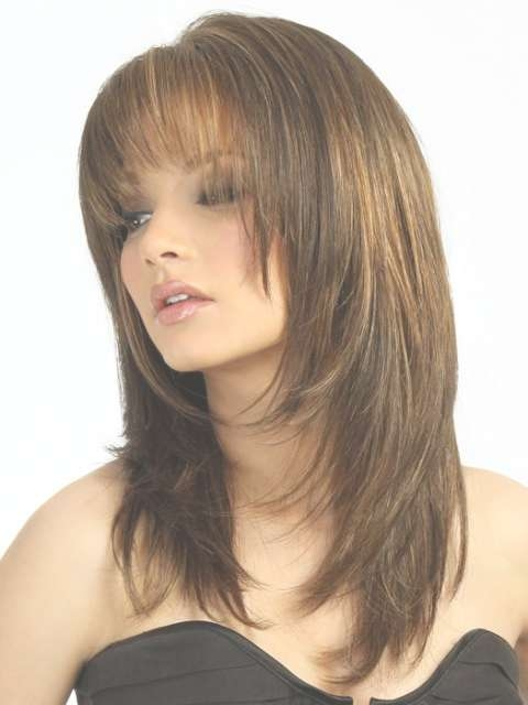 Medium Hairstyles For Round Faces With Bangs 2017 Intended For Most Popular Medium Hairstyles With Bangs And Layers For Round Faces (View 18 of 25)