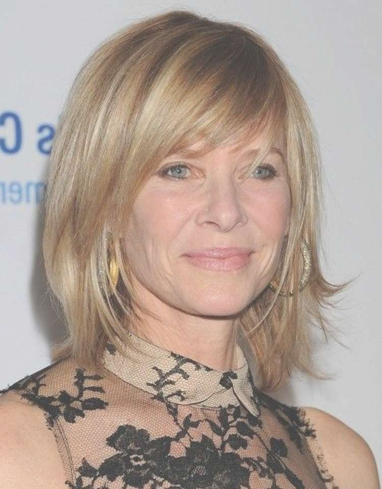 Medium Hairstyles For Women Over 40 With Side Bang | 2017 Medium With Regard To Most Current Side Bang Medium Hairstyles (View 15 of 25)