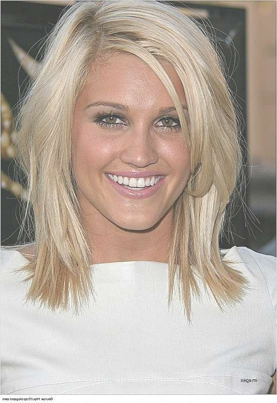 Medium Length Hair : New Medium Hairstyles With Lots Of Layers Regarding Best And Newest Medium Hairstyles With Lots Of Layers (View 4 of 25)