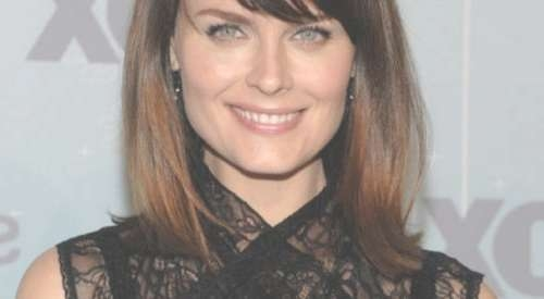 Medium Length Haircut With Side Bangs And Layers Side Fringe Regarding Most Up To Date Side Fringe Medium Hairstyles (View 21 of 25)