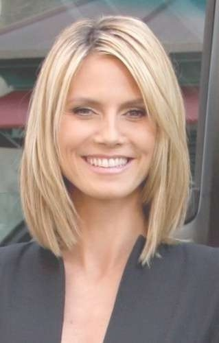 Medium Length Haircuts No Bangs For Most Recent Medium Haircuts Without Bangs (View 3 of 15)
