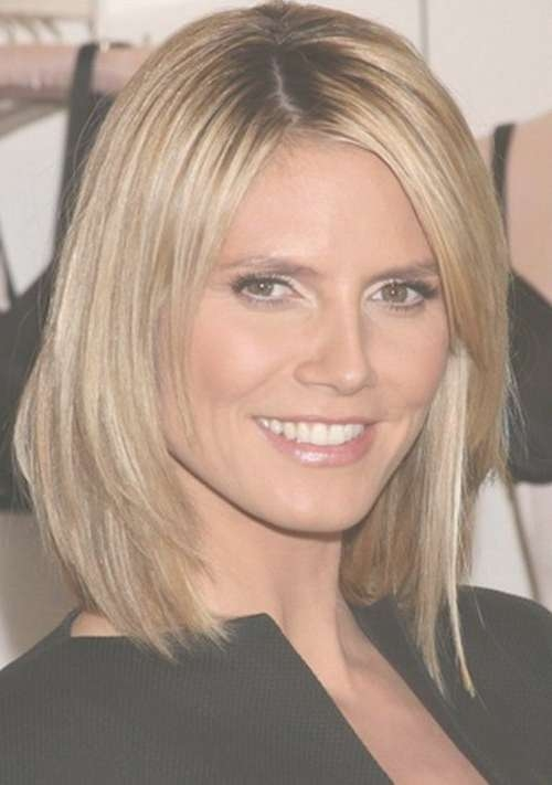 Medium Length Haircuts – The Best Medium Length Or Shoulder Length With Most Popular Medium Haircuts For Round Faces Women (View 16 of 25)