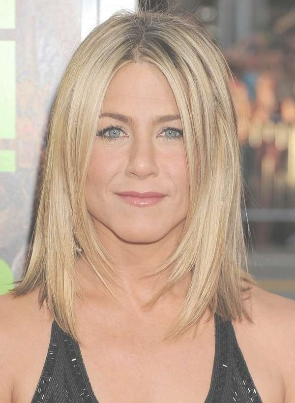 Medium Length Hairstyles For Fine Hair Round Face 2017 Throughout Most Current Medium Hairstyles For Fine Straight Hair (View 15 of 25)