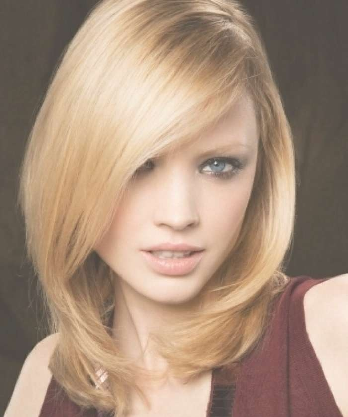Medium Length Hairstyles For Oval Face Trend Pertaining To 2018 Medium Hairstyles For Long Face (View 24 of 25)
