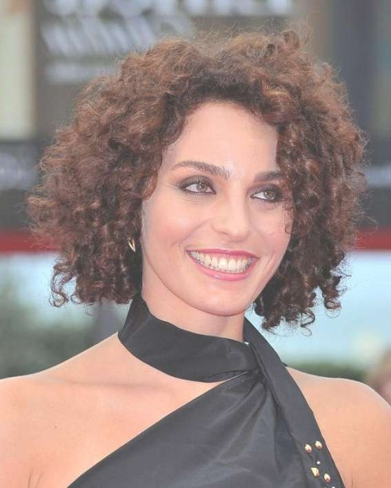 Medium Naturally Curly Hairstyles For Increasing The Wonderful In Most Up To Date Medium Haircuts For Naturally Curly Hair And Round Face (View 18 of 25)