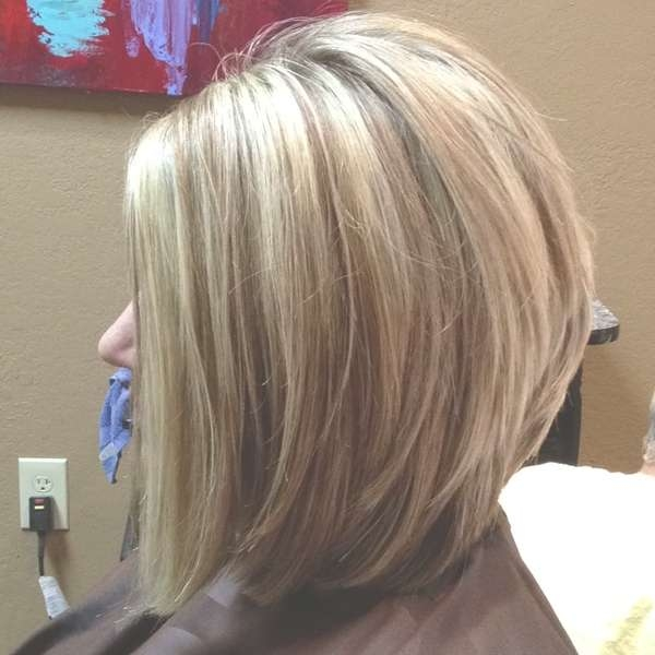 Medium Stacked Bob Pertaining To Most Recent Wedge Medium Haircuts (View 11 of 25)