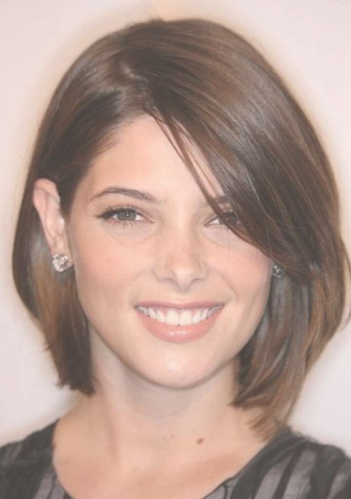 Medium To Short Haircuts For Round Faces In Best And Newest Medium Hairstyles For Thin Hair And Round Faces (View 7 of 15)