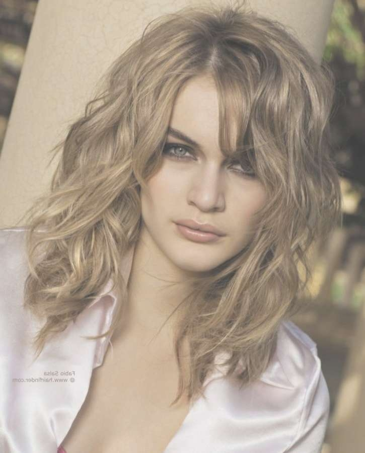 Medium Wavy Haircuts | Hairjos Regarding Recent Medium Haircuts For Wavy Hair (View 19 of 25)