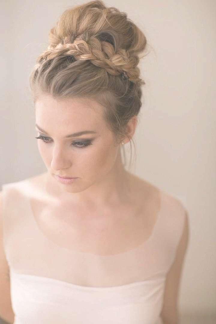Medium Wedding Hairstyle Regarding Current Bridal Medium Hairstyles (View 18 of 25)