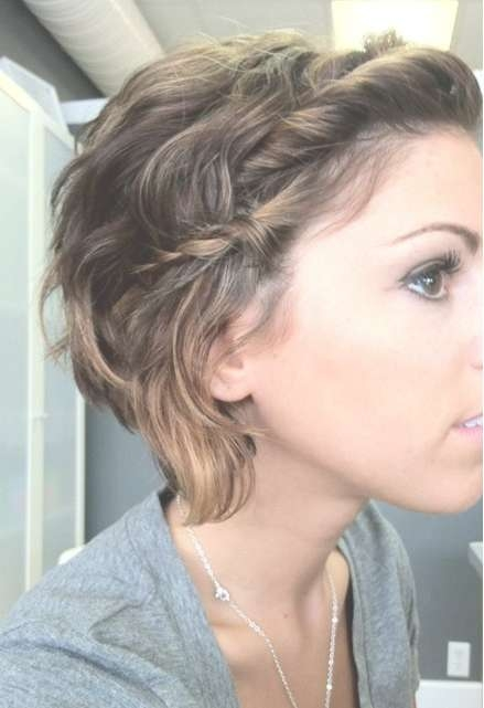 Messy Hairstyles With Braid – Popular Haircuts For Most Popular Messy Medium Haircuts (View 24 of 25)