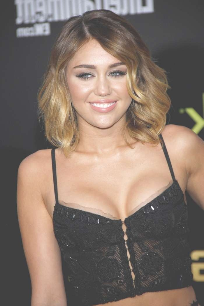 Miley Cyrus Hairstyles: Miley's Short & Long Hair Pertaining To Most Recently Miley Cyrus Medium Hairstyles (View 14 of 25)