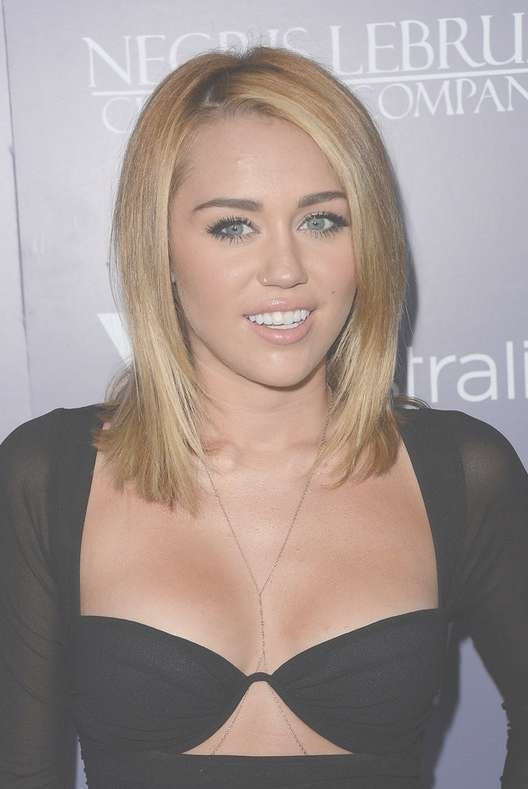 Miley Cyrus Medium Straight Hairstyle For Girls | Styles Weekly Inside Latest Miley Cyrus Medium Haircuts (View 8 of 25)