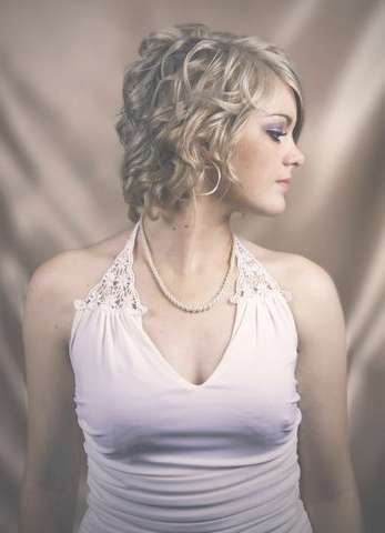 Moddy Hair Pictures: Hairstyles Thin Curly Hair Intended For Most Popular Medium Hairstyles For Thin Curly Hair (View 15 of 15)