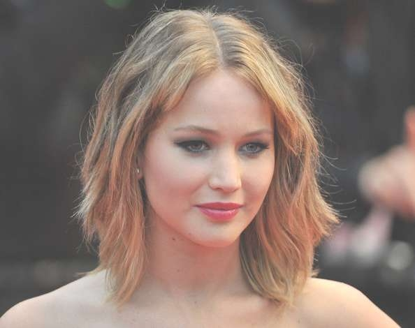 More Pics Of Jennifer Lawrence Medium Wavy Cut With Bangs (10 Of With Regard To Recent Jennifer Lawrence Medium Hairstyles (View 21 of 25)
