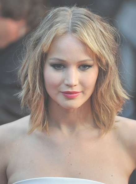 More Pics Of Jennifer Lawrence Medium Wavy Cut With Bangs (5 Of 65 Throughout Most Current Jennifer Lawrence Medium Hairstyles (View 22 of 25)
