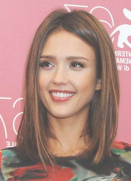 More Pics Of Jessica Alba Medium Straight Cut | Blunt Cuts, Blonde Within Most Popular Blunt Cut Medium Hairstyles (View 7 of 25)