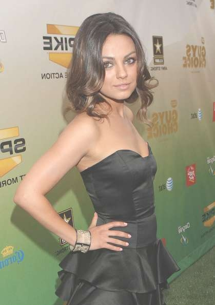 More Pics Of Mila Kunis Medium Curls (3 Of 3) – Shoulder Length Regarding Most Recent Mila Kunis Medium Hairstyles (View 13 of 25)