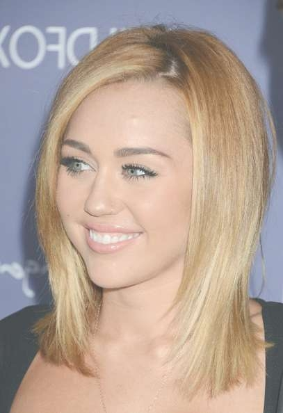 More Pics Of Miley Cyrus Medium Straight Cut (6 Of 51) – Shoulder In Current Miley Cyrus Medium Hairstyles (View 13 of 25)