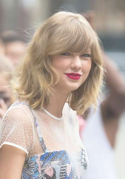 More Pics Of Taylor Swift Medium Wavy Cut With Bangs (7 Of 7 Regarding Most Recently Taylor Swift Medium Hairstyles (View 5 of 25)