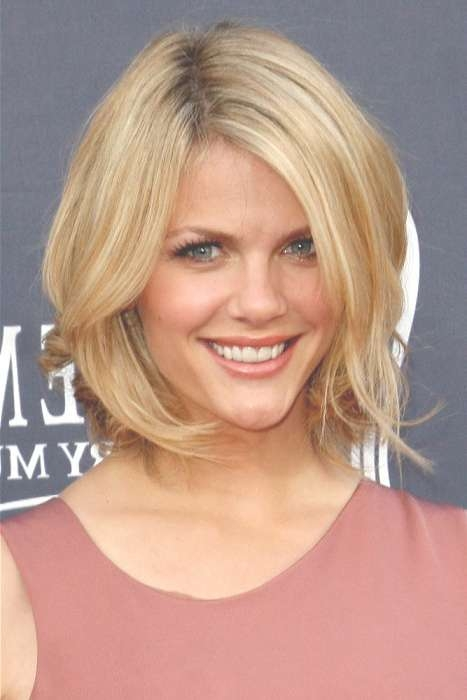 Most Popular Choppy Hairstyles For Recent Medium Haircuts For Celebrities (View 18 of 25)