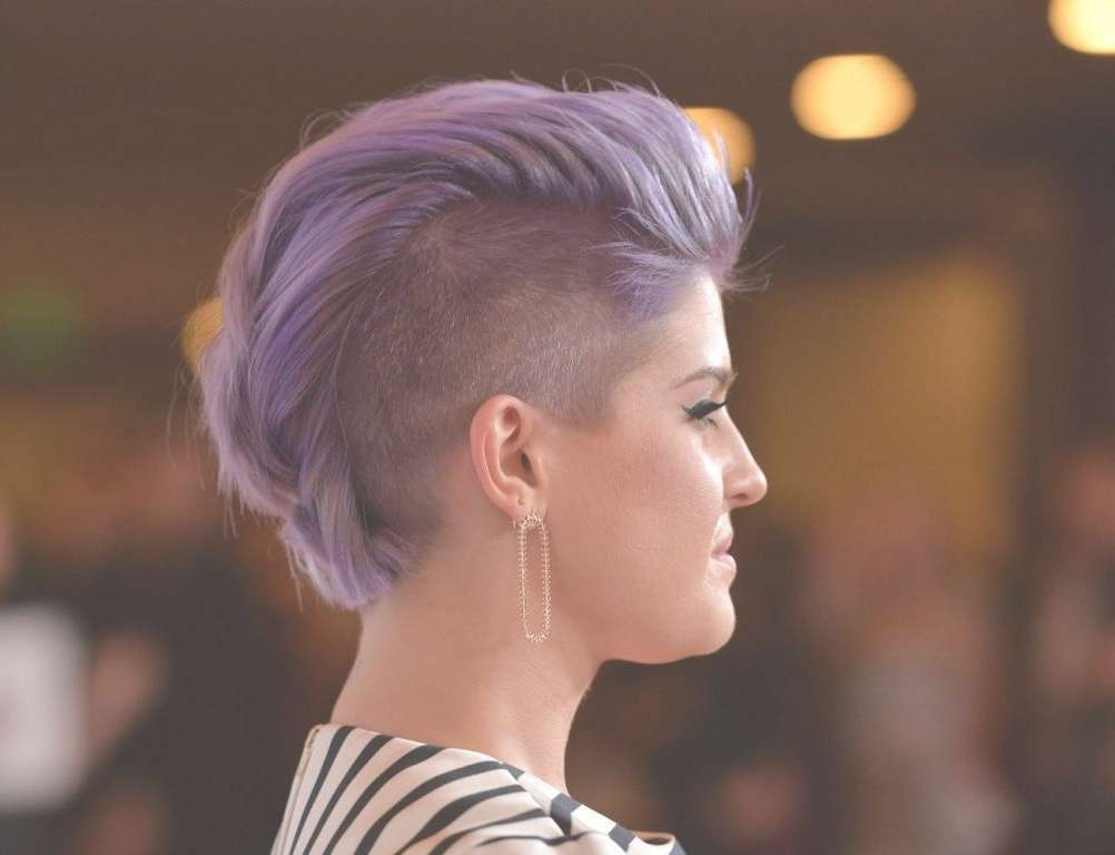 Natural Hairstyles For Shaved Sides Hairstyles Pictures Womens For Most Recently Medium Hairstyles Shaved Side (View 14 of 27)