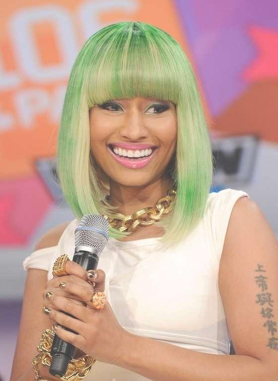Featured Photo of Nicki Minaj Medium Haircuts