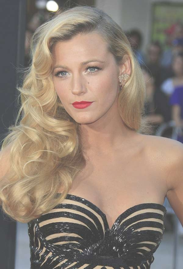 Old Hollywood Curls: A Glamorous Hairstyle For The Holidays | More Throughout Most Recently Old Hollywood Medium Hairstyles (View 19 of 25)