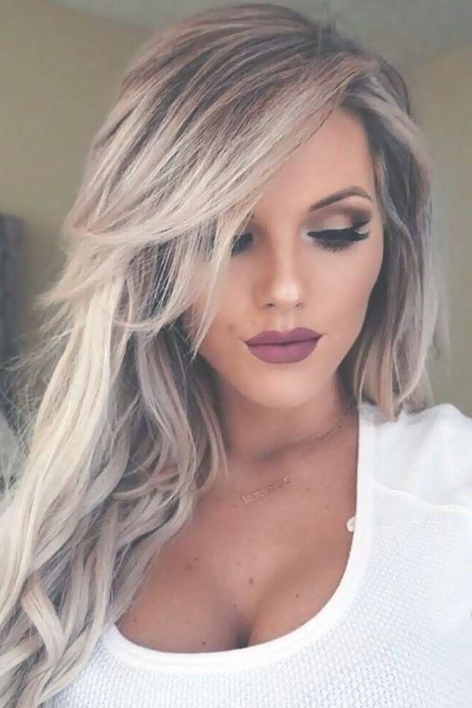 Photo Gallery Of Long Hairstyles Long Face (Viewing 14 Of 15 Photos) Within Most Current Medium Haircuts For Long Faces (View 13 of 25)